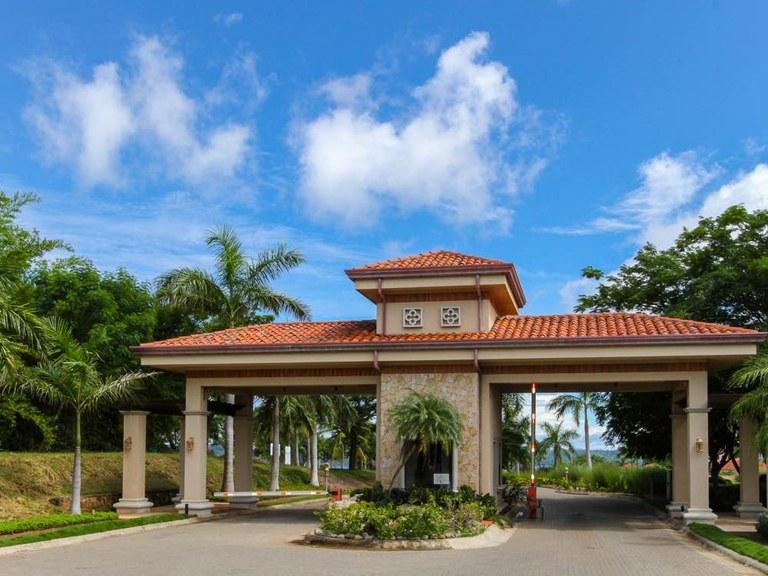Hacienda del Mar - Luxury Beach Homes in Playas del Coco